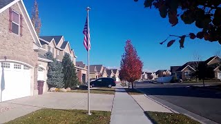 США. Юта. Прогулка, американские улицы.  Красивый район Хериман. Осень. Америка
