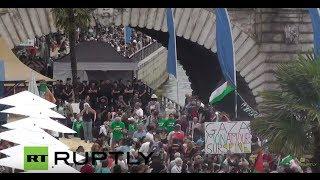 بالفيديو..الباريسيون يتظاهرون ضد إقامة