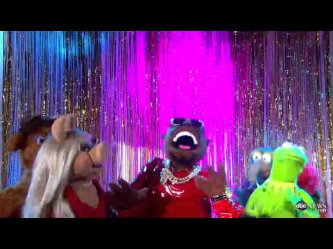 The Muppets, LoCo Perform CeeLos All I Need Is Love on Good Morning America