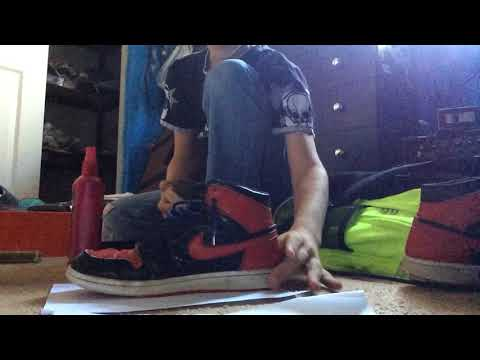 how to clean jordan 1 breds(With a traction life hack)