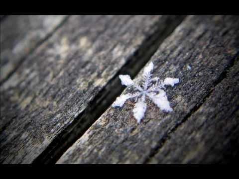 ANGIE STONE - SNOWFLAKES LYRICS - SongLyrics.com