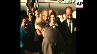 SYND 21-10-71 TITO ARRIVES IN CAIRO FOR MEETING WITH SADAT