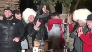 Хабиб чемпион Коннор петух