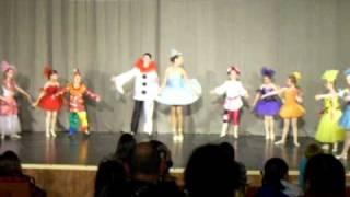 Танцевальная группа ЧИПОЛЛИНО.Видео 4(ЗАВОДНЫЕ КУКЛЫ. Международный фестиваль АРАБЕСК. Юрмала. 23.06.2010., 2010-12-26T20:46:53.000Z)