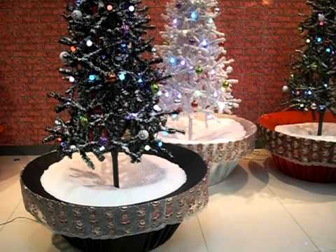Snowing Christmas Tree With Flower Pot Base 2013 Youtube