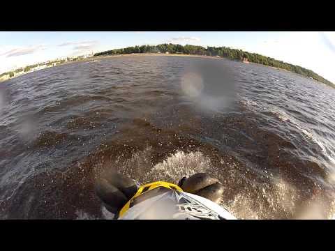 Заплыв на снегоходе BRP SKI-DOO Tundra LT550