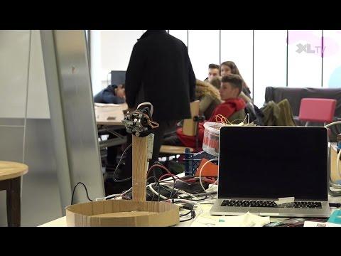 """""""La classe, l'oeuvre !"""" un projet culturel où les lycéens de Oeyreluy découvrent l'art numérique"""