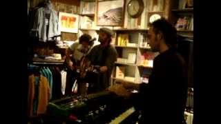 Neil Halstead -- 40 Days [13/15] LIVE @ Mollusk Surf Shop, Venice Beach CA 05-8-2012