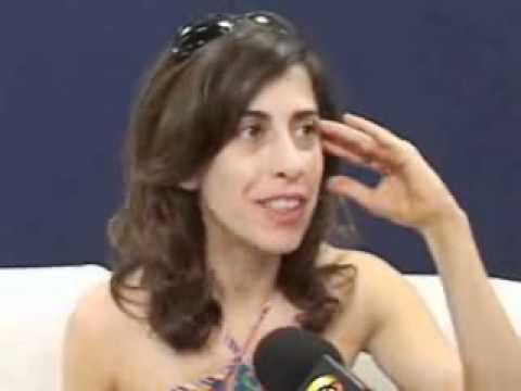 Fernanda Torres - Os Budas no teatro.wmv