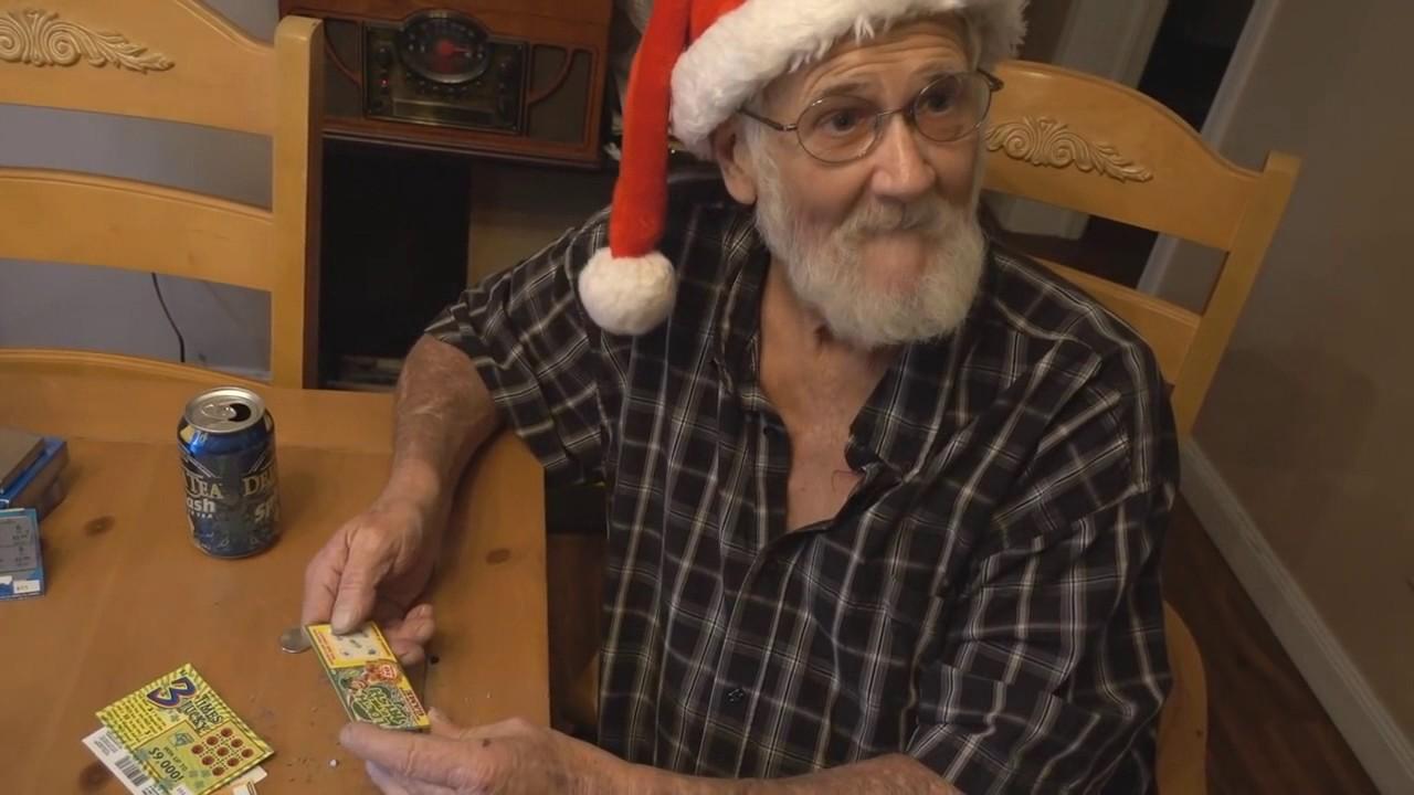 Nonno spacca gratta e vinci parodia zampugnari youtube - Nonno spacca letto ...