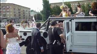 Парад НЕВЕСТ - 2012 в Минске!!! - 11ч.(14). 22 июля Беларусь!
