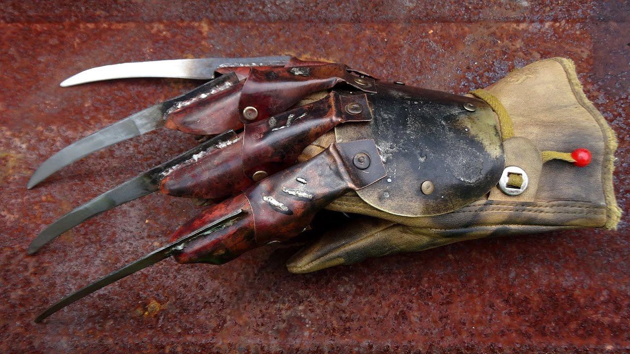 Freddy Krueger glove from \