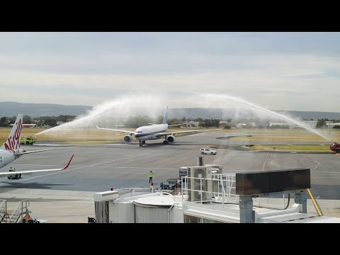 China Southern Airlines inaugural flight lands in Adelaide