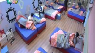 استيقاظ طلاب و جايمين على اغنية ديك و رقص كمان - ستار أكاديمي 10 | 14/09/2014