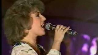Corina Chiriac - Nu ma uita de tot (Live Melodii