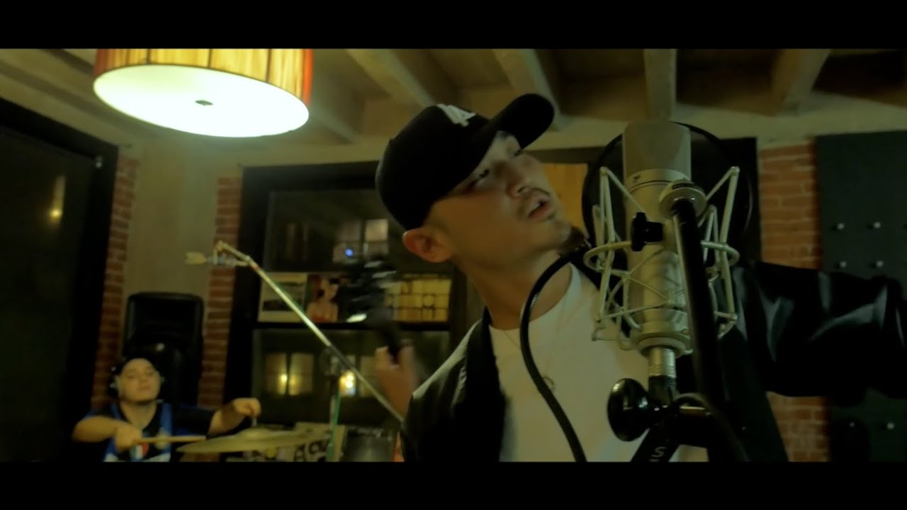 Download MIKE B. - ALL BE SO SIMPLE (ST5A LIVE SESSIONS)