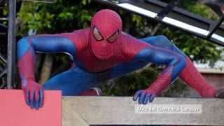 Spiderman thief: Costumed bag snatcher makes off with $6,000