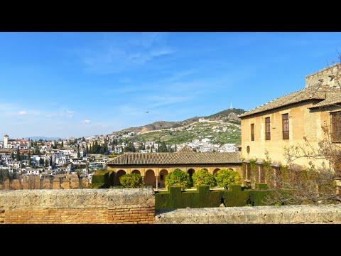 Exploring Alhambra, Granada (Travelling in Spain)