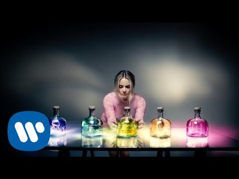 JoJo -Small Things [Official Music Video]