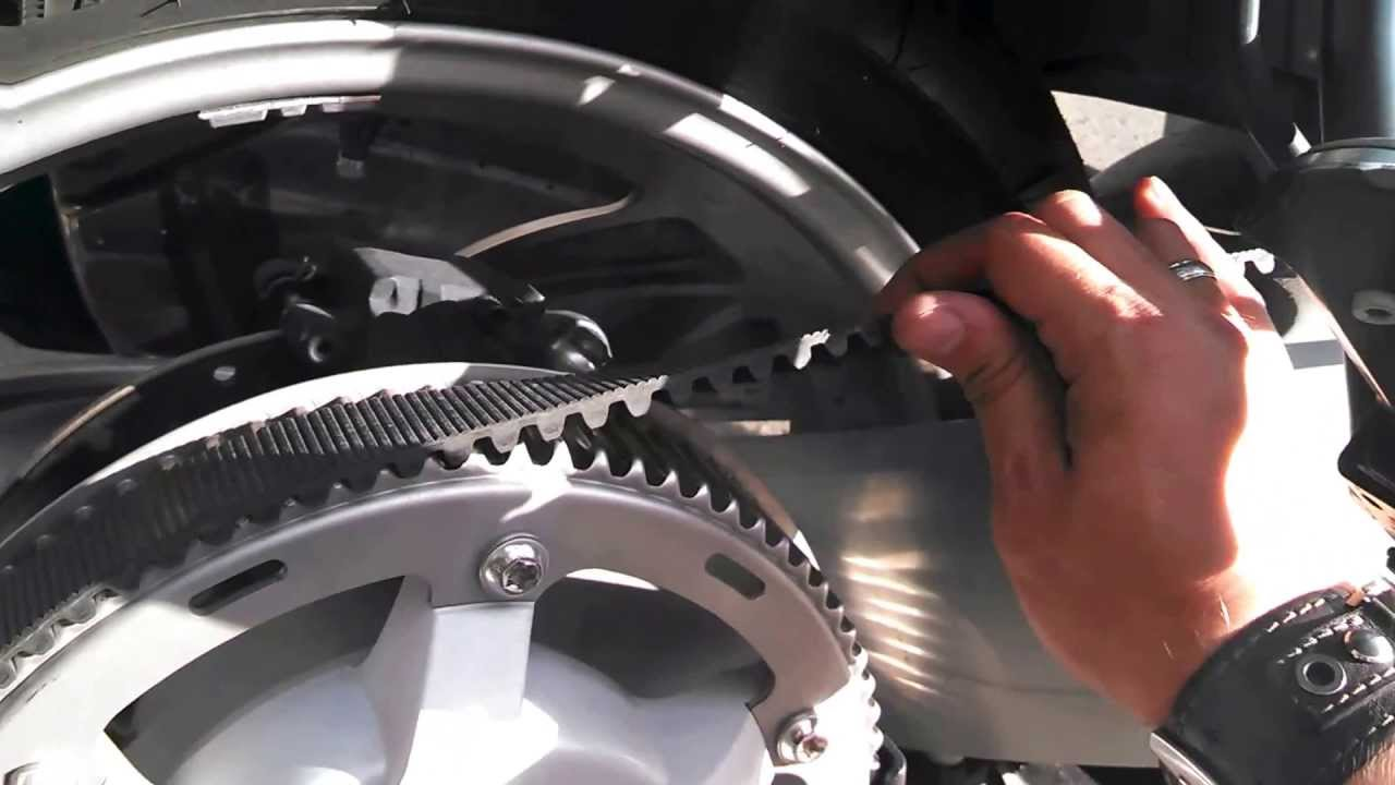 Bmw F650 Cs Scarver 2004 Youtube