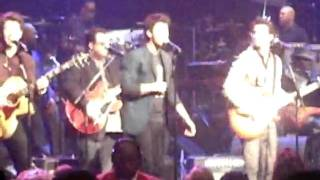 Jonas Brothers- LoveBug @ Stevie wonder charity concert