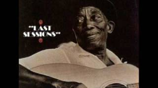 Mississippi John Hurt - Farther Along