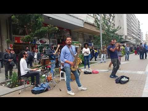 Musica Bailable En El Centro De Bogota