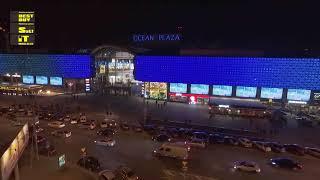 Реклама ЖК Метрополис на медиафасаде ТРЦ Ocean Plaza