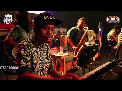 KONEG feat Ana V & Aneth K ~ MEMANDANGMU [Unniversary #2 - Liquid Barkitch JOGJA] [Cover - Karaoke]