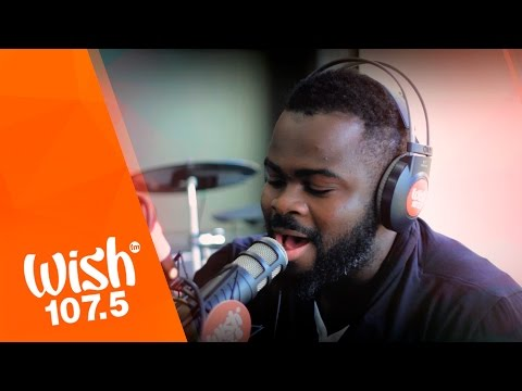 """Moses Akoh covers """"Kahit Kailan"""" (South Border) LIVE on Wish 107.5 Bus"""