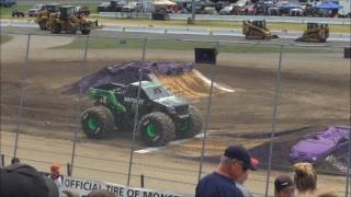 Monster Jam Stafford Springs, CT 2017 Sunday Afternoon: National Anthem, Intros, & Racing Round One