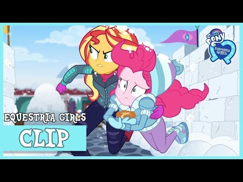 Delivering Rarity's Soufflé Through a Snowball Fight! | Saving Pinkie's Pie (Holidays Unwrapped)