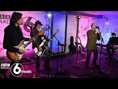 Steve Mason - Walking Away From Love (6 Music Live Room)
