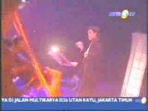 Melly Goeslaw - Ku Bahagia (Live)