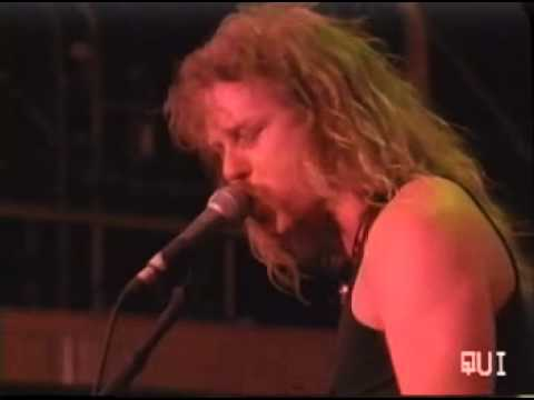 Master Of Puppets - Sum 41 (Metallica Live) Medley Metallica from YouTube · Duration:  3 minutes 34 seconds
