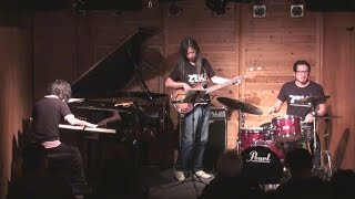 Zek Trio / Immigrant Song