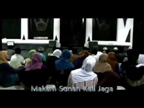 Ziarah Wali Songo / Kesesatan Semakin Dalam