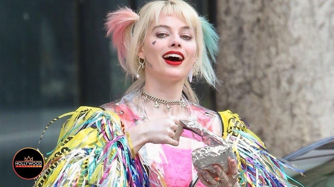 Margot Robbie In Costume As Harley Quinn On Birds Of Prey Set Youtube