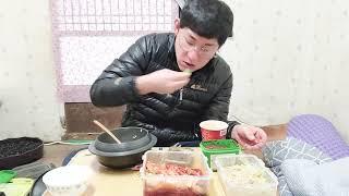 [촌집먹방]시골밥상2 { 솥밥 깻잎짱아치 콩나물무침 신…
