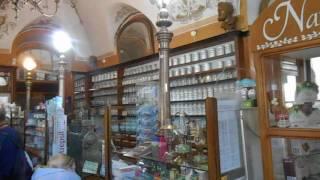 Аптека-Музей во Львове(Аптека-музей — старейшая из существующих аптек Львова, превращенная в единственный в Украине музей, где..., 2016-08-13T15:16:48.000Z)