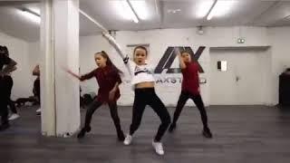 أغنية إيهاب أمير بغيت نطير يما رقص خطير لثلاث فتيات صرعووها bghit ntir yma dance