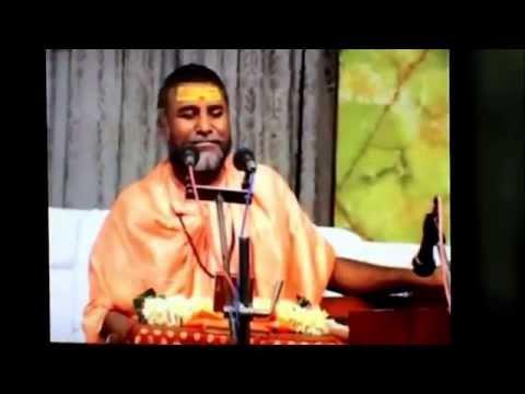 Swami Rajeshwaranand singing and explaining the song