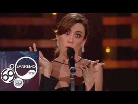 Sanremo 2019 - Il medley di Virginia Raffaele
