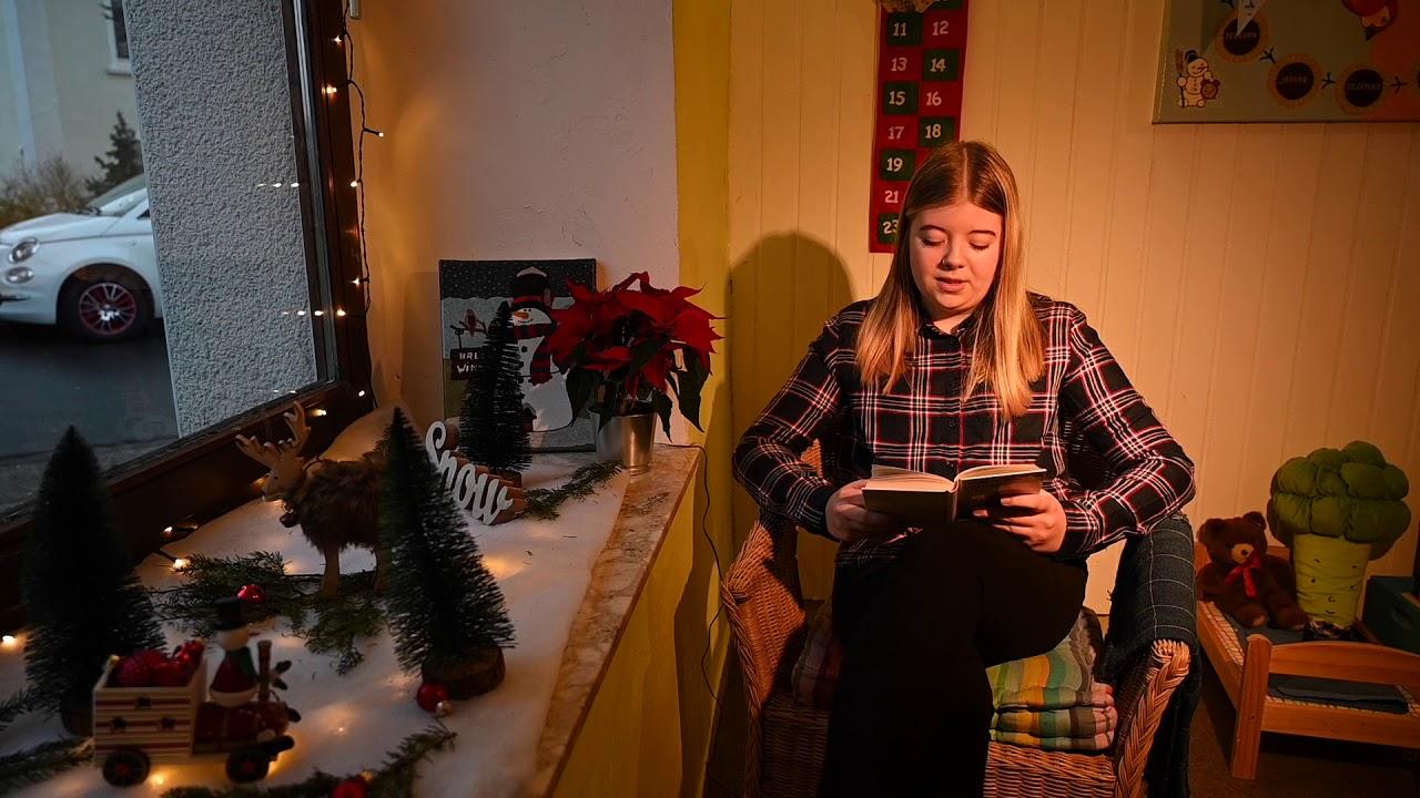 Der Lebendige Adventskalender zum vierten Advent. Wir wünschen Ihnen ein frohes Fest!