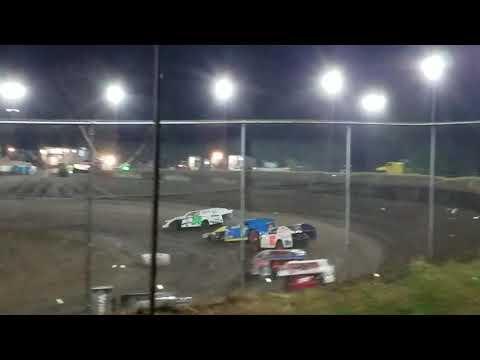 Isaiah's heat race at Peoria Speedway 10.19.19