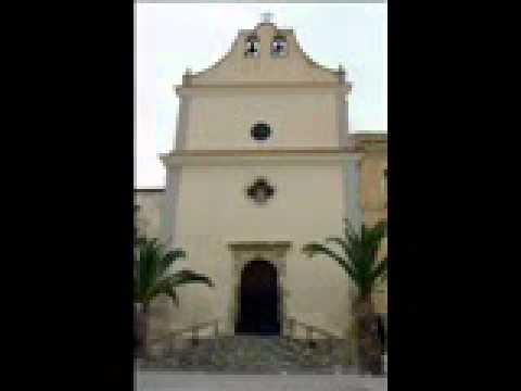 Messa del parroco di cattolica eraclea Nazareno Ciotta nella chiesa della Merced