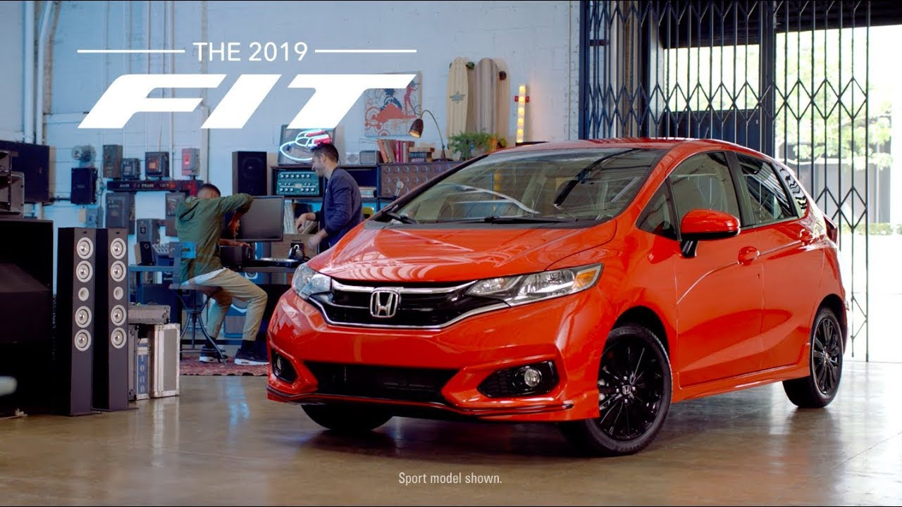 2019 Honda Fit vs. Nissan Versa Note - YouTube