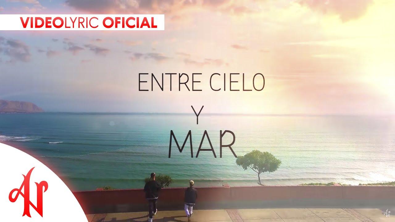 Adexe Y Nau Es Amor Lyric Video