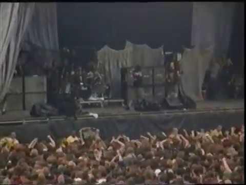 Pantera (live) - Milton Keynes National Bowl, Milton Keynes, England (June 20, 1998)