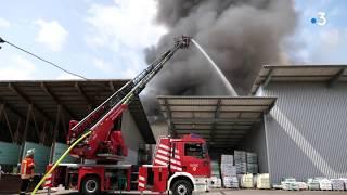 Allemagne : un incendie visible de la France éclate dans un centre de recyclage à Efringen-Kirchen